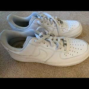 Men's white Air Force ones